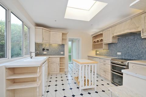 3 bedroom house to rent - Sydney Road Raynes Park SW20