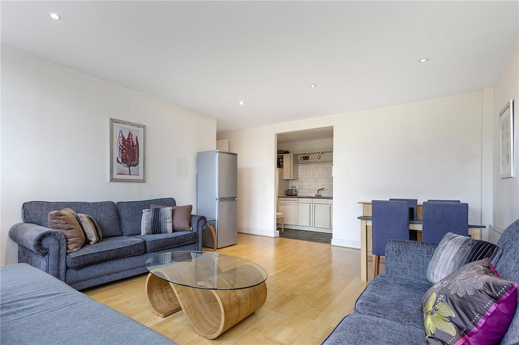2 Bedrooms Flat for sale in Red Lion Square, London, WC1R