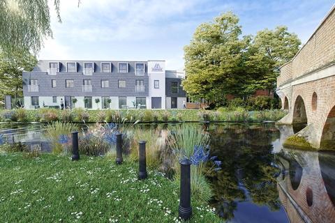 2 bedroom flat for sale - Magna Riverside, Flambard Way, Godalming, Surrey, GU7