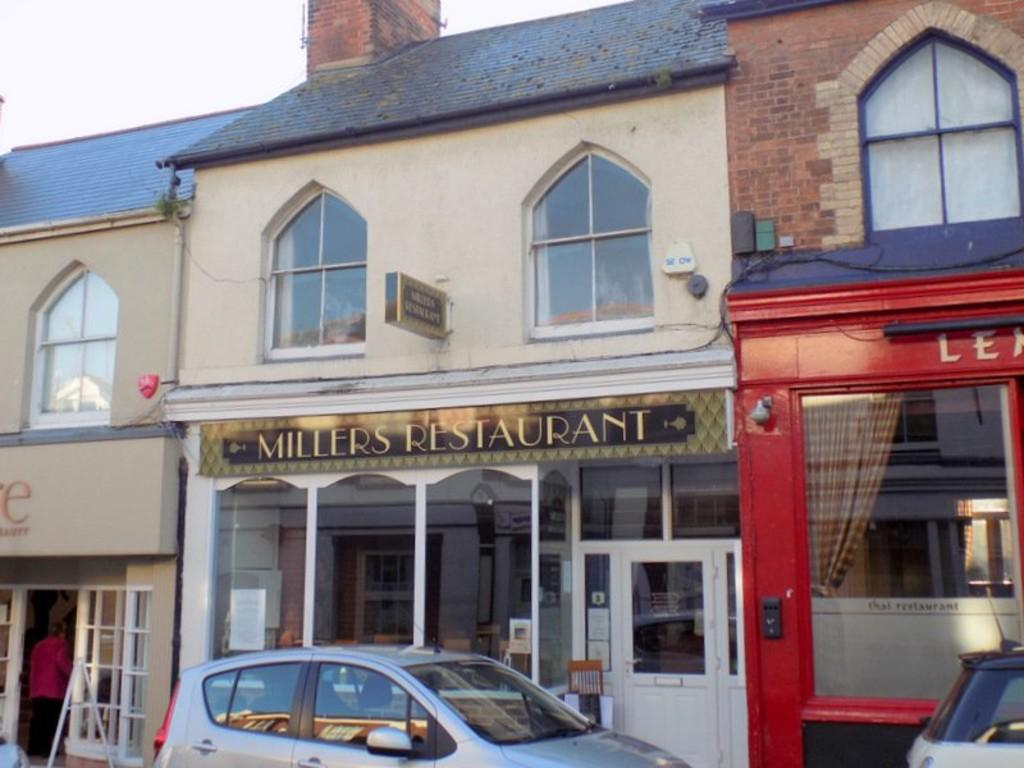 3 Bedrooms Flat for sale in High Street, Exmouth