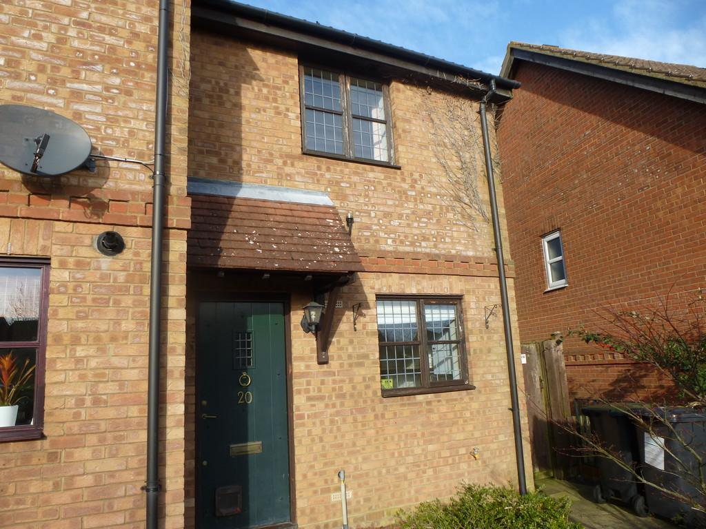 2 Bedrooms End Of Terrace House for rent in Garden Way, Kings Hill