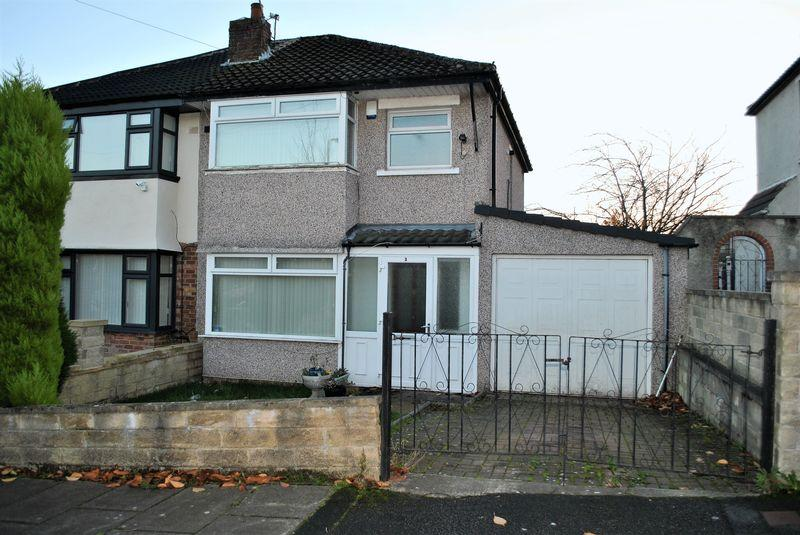 3 Bedrooms Semi Detached House for sale in Canford Drive Allerton, Bradford BD15 7AR