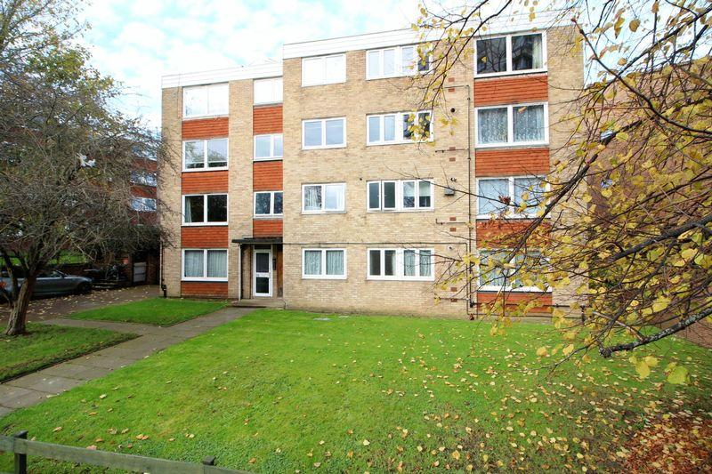 1 Bedroom Apartment Flat for sale in Bramley Hill, South Croydon