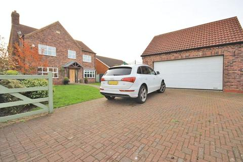 5 bedroom detached house for sale - EPSOM PLACE, CLEETHORPES
