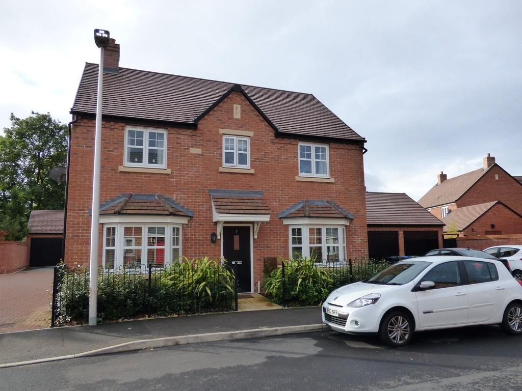 4 Bedrooms Detached House for sale in Chatham Road, Meon Vale
