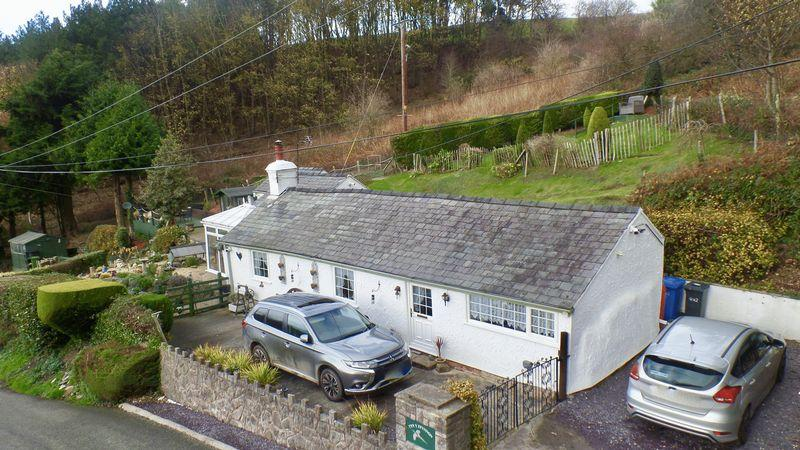 2 Bedrooms Bungalow for sale in Cwm, Dyserth