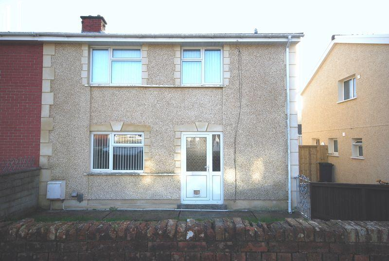 3 Bedrooms Semi Detached House for sale in 51 March Hywel, Neath, SA10 8ND