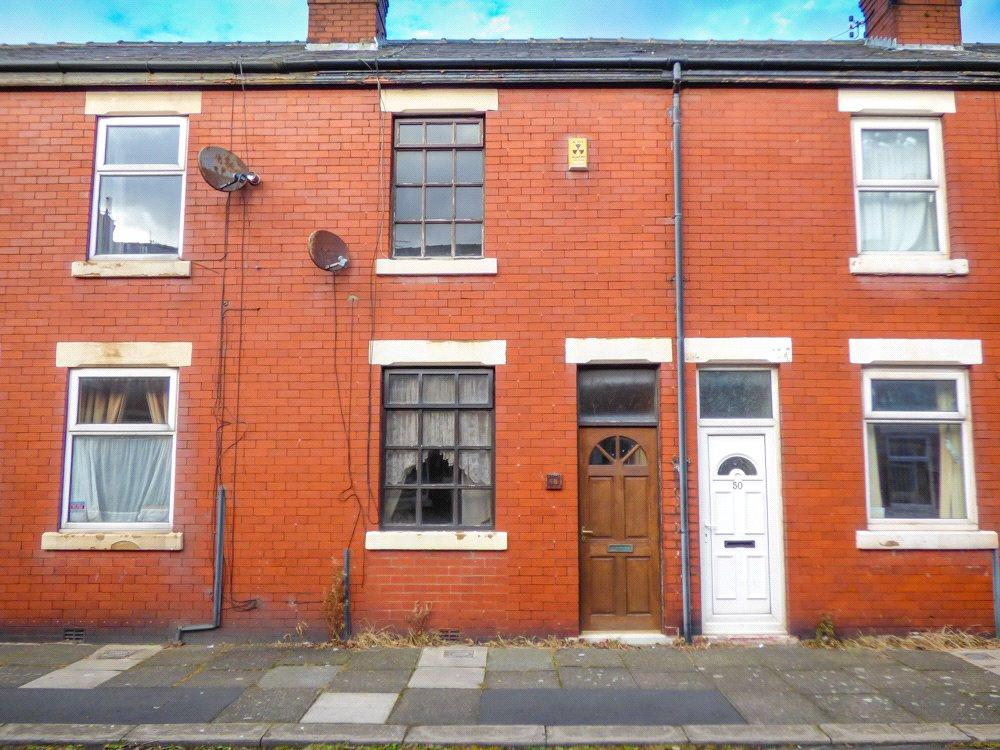 2 Bedrooms Terraced House for sale in Broughton Avenue, Layton, Blackpool