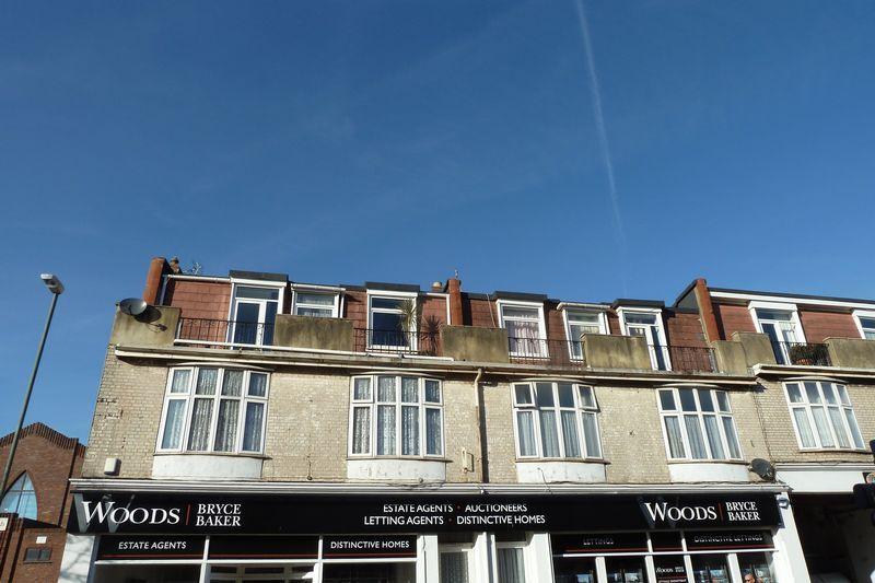 2 Bedrooms Flat for rent in Torquay Road, Preston