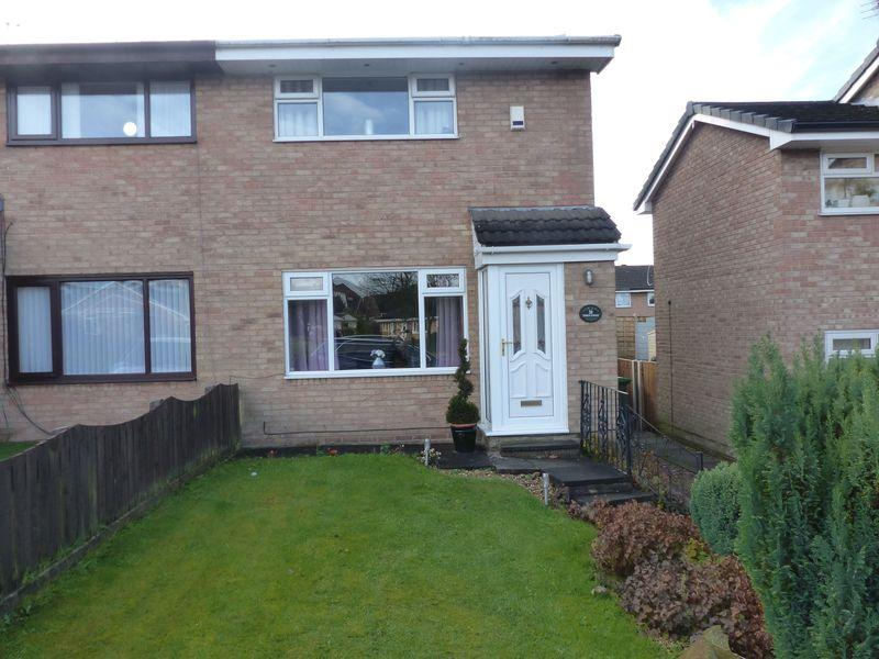 2 Bedrooms Semi Detached House for sale in Penryn Avenue, Heyside, Royton