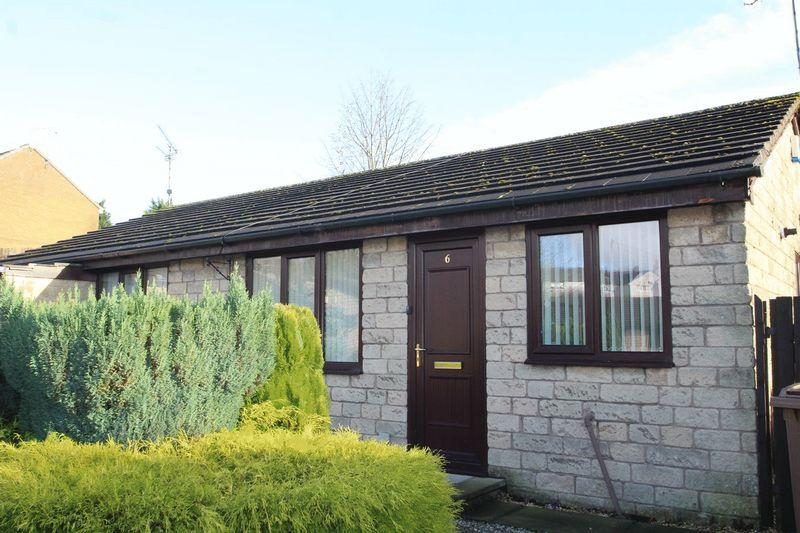 2 Bedrooms Semi Detached Bungalow for sale in Glenden Foot, Shawclough, Rochdale OL12 6ES