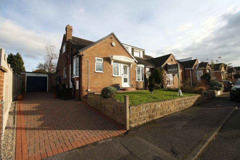 4 Bedrooms House for sale in Sherwood Close, Ormesby