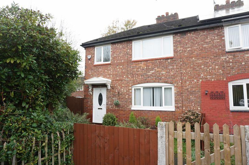 3 Bedrooms Semi Detached House for sale in Cranwell Drive, Burnage