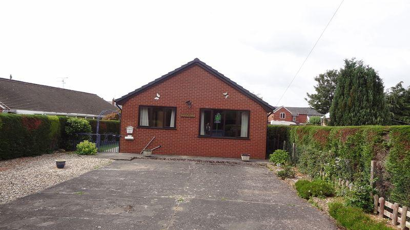 2 Bedrooms Detached Bungalow for rent in Bypass Road, SY11
