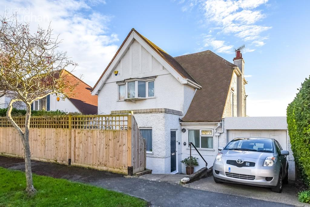 4 Bedrooms Detached House for sale in The Cliff, Roedean, Brighton , BN2