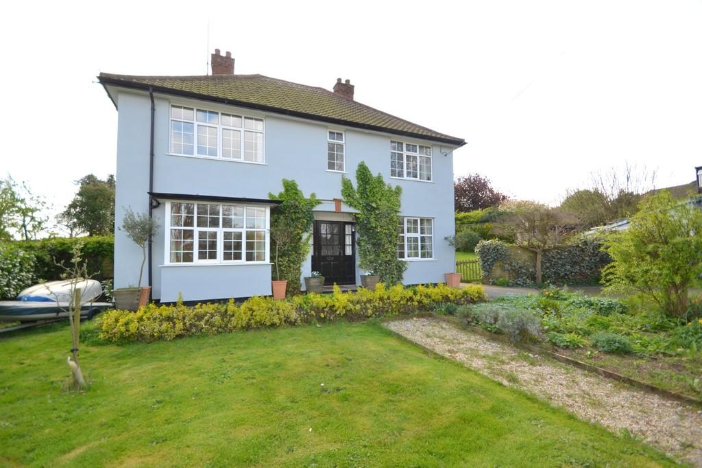 4 Bedrooms Detached House for sale in Cliff Road, Waldringfield, Woodbridge, IP12 4QL