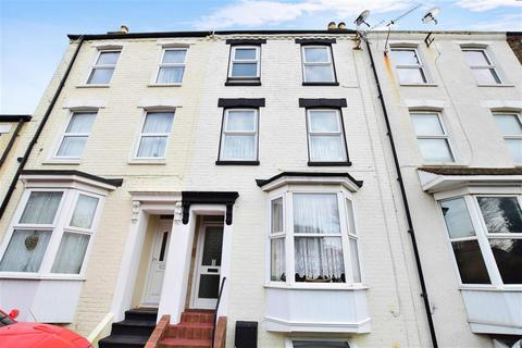3 bedroom townhouse for sale - Cinder Footpath, Broadstairs, Kent