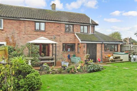 3 bedroom semi-detached house for sale - Caroland Close, Smeeth, Ashford, Kent