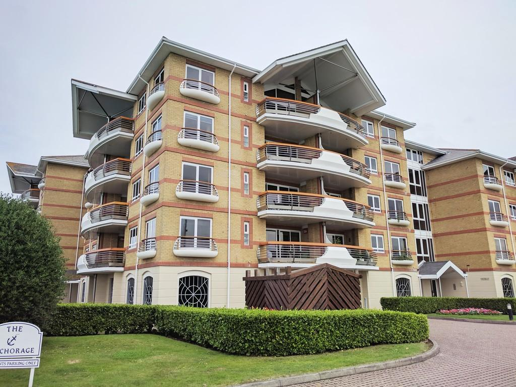2 Bedrooms Apartment Flat for rent in Victory House, Port Solent, PO6 4UG