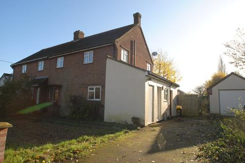 3 bedroom semi-detached house to rent - School Close, Kenninghall