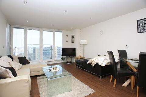 2 bedroom apartment to rent - Western Gateway, Royal Victoria Dock, E16