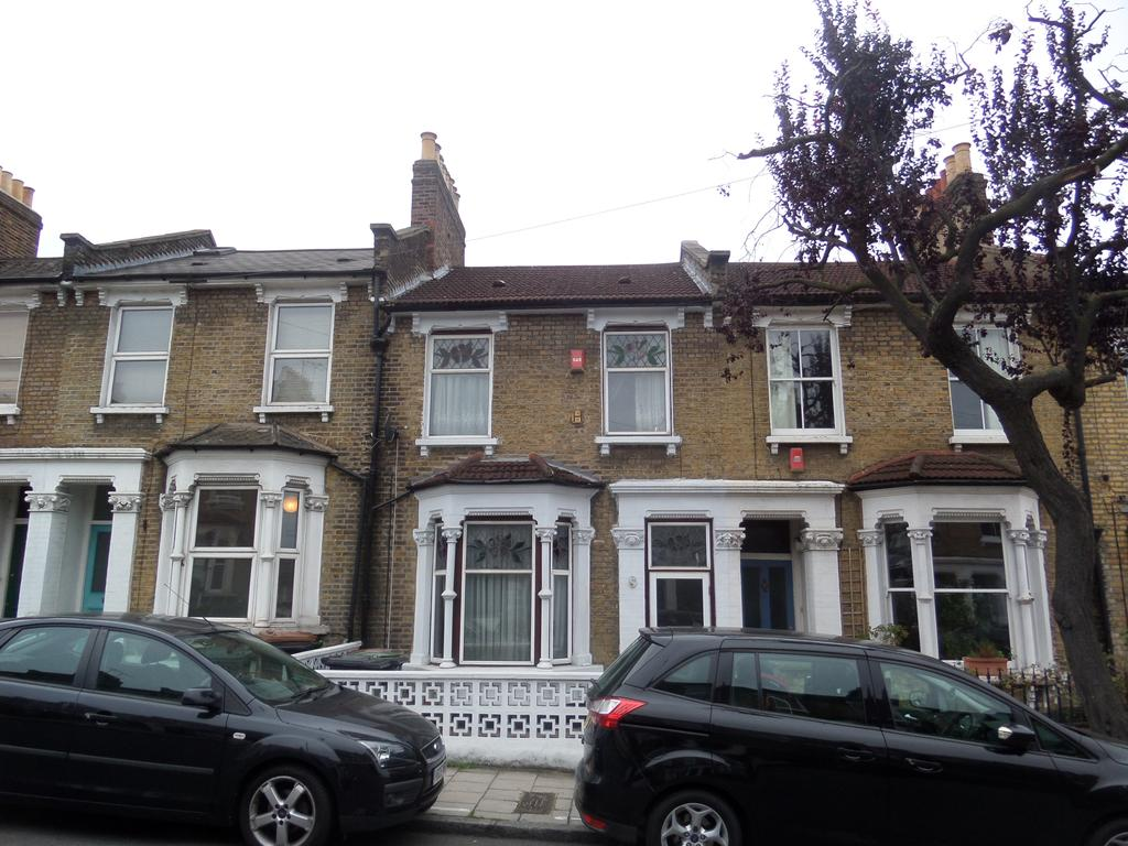 3 Bedrooms House for sale in Gellatly Road, London