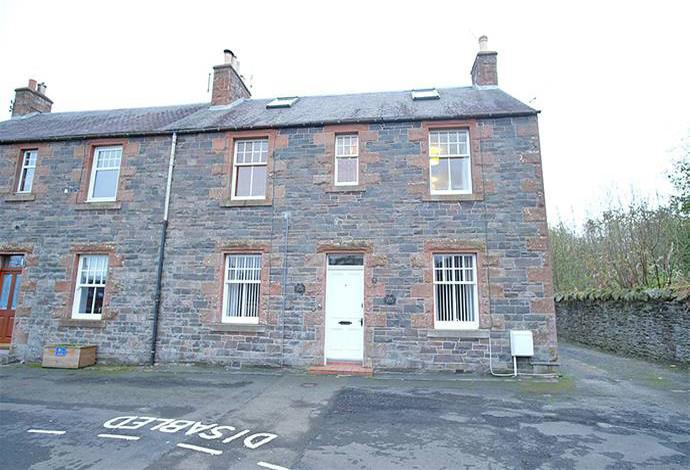 2 Bedrooms Flat for sale in 10 The Loan, Lauder, TD2 6TL