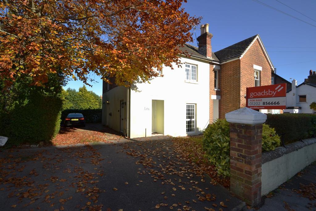 1 Bedroom Flat for sale in Wimborne