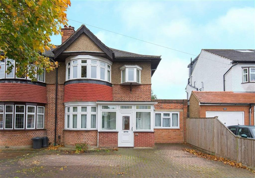 4 Bedrooms Semi Detached House for sale in Abbotsbury Gardens, Eastcote, Middlesex