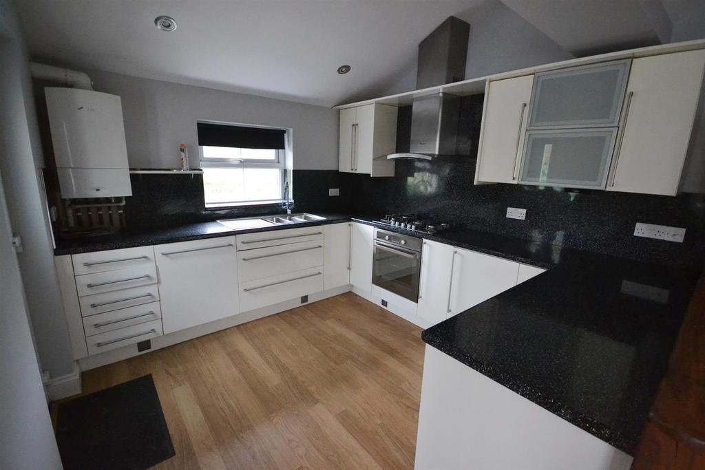 2 Bedrooms End Of Terrace House for sale in Rock Terrace, Pembroke