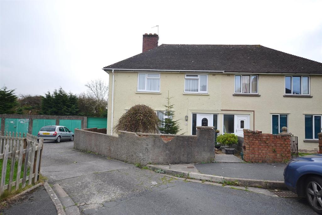 3 Bedrooms Semi Detached House for sale in Poyers Avenue, Pembroke