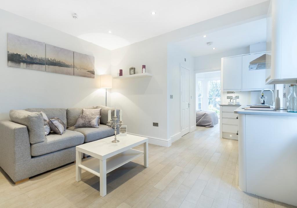 1 Bedroom Flat for sale in Kennington Lane London SE11