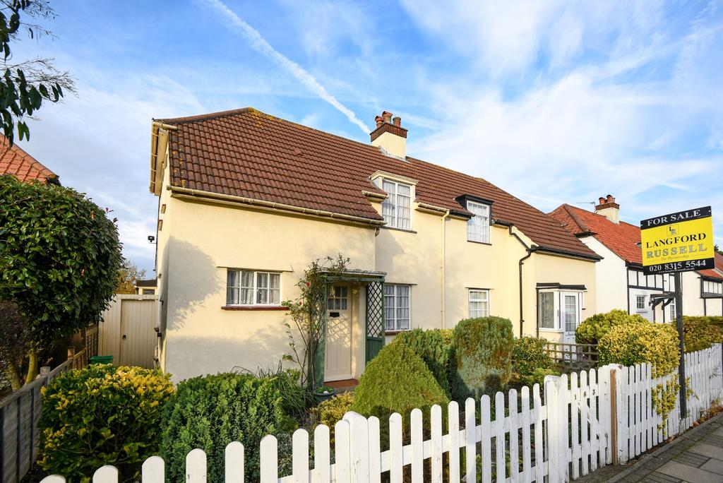 2 Bedrooms Semi Detached House for sale in Southlands Road Bromley BR2