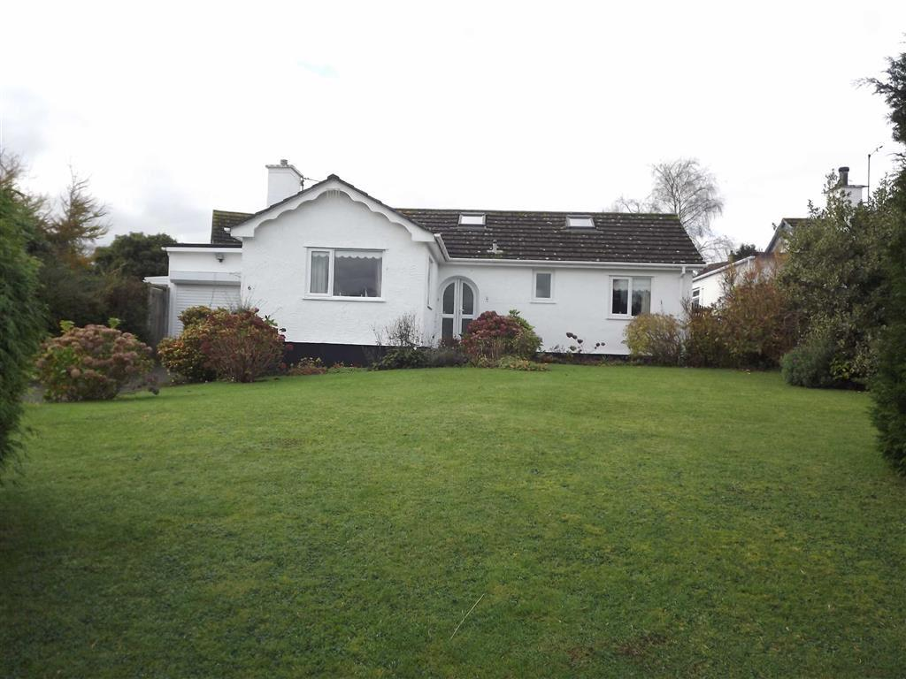 3 Bedrooms Detached Bungalow for sale in Garth Wen, Llanfaes, Anglesey