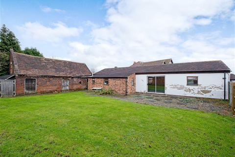 3 bedroom property for sale - Barn To The Rear Of, 112, Bratch Lane, Wombourne, Wolverhampton, South Staffordshire, WV5
