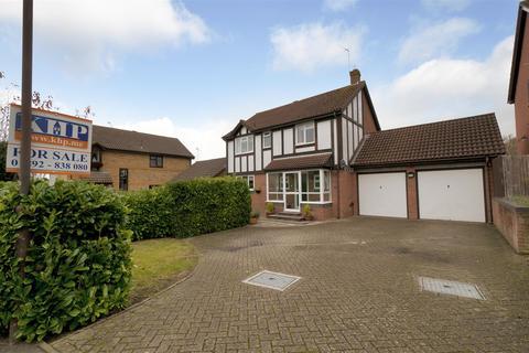 4 bedroom detached house for sale - Linnet Avenue, Paddock Wood