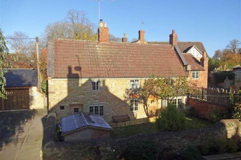3 bedroom cottage for sale - High Street, Greens Norton