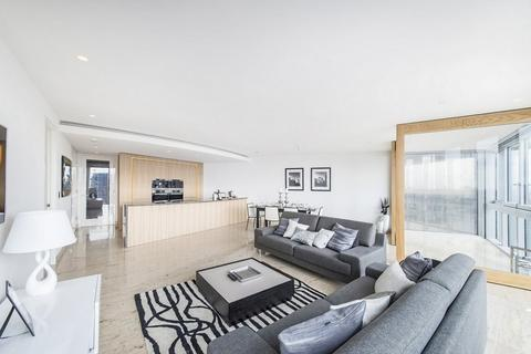2 bedroom flat to rent - The Tower, St George Wharf, Vauxhall