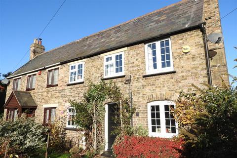 2 bedroom semi-detached house for sale - Brick House Lane, Boreham, Chelmsford