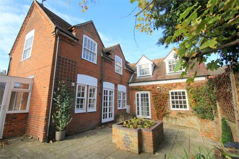 1 bedroom flat for sale - The Coach House, Rear of 107 Crouch Street, Colchester, Essex