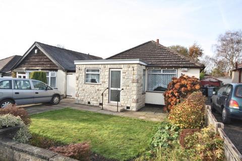 2 bedroom bungalow for sale - Carleton Road,  Higher Poynton, SK12