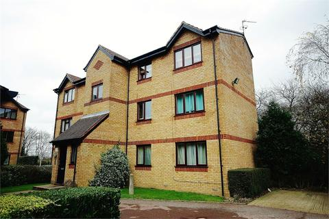 1 bedroom apartment to rent - Courtlands Close, Watford, Hertfordshire, WD24