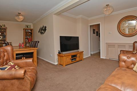 2 bedroom semi-detached house for sale - Beech Close, Burnham-on-Crouch