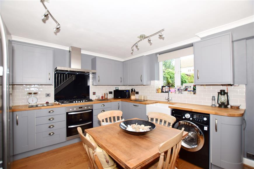 3 Bedrooms Town House for sale in Hardy Street, Maidstone, Kent