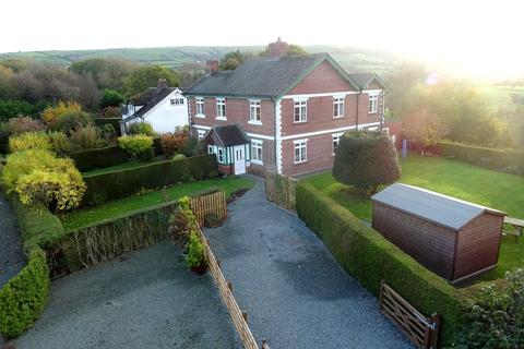3 bedroom semi-detached house for sale - Middletown, Welshpool