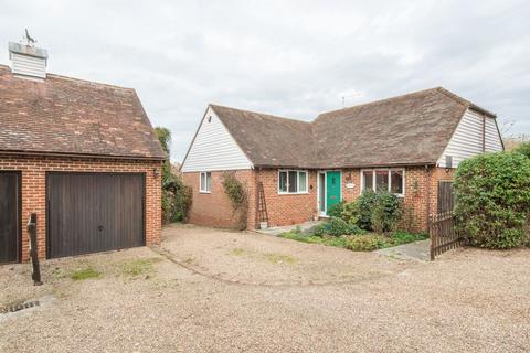3 bedroom detached bungalow for sale - Fordwich