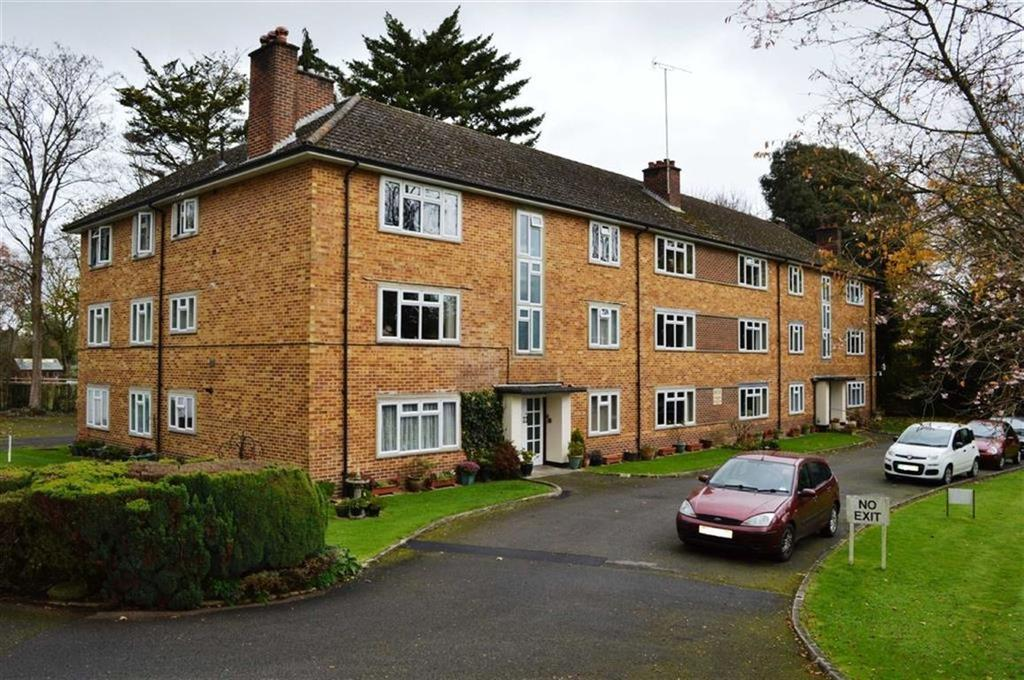 2 Bedrooms Flat for sale in Redcotts Lane, Wimborne, Dorset