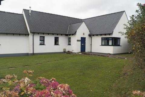 3 bedroom bungalow to rent - Eastmoor Park, Haverfordwest