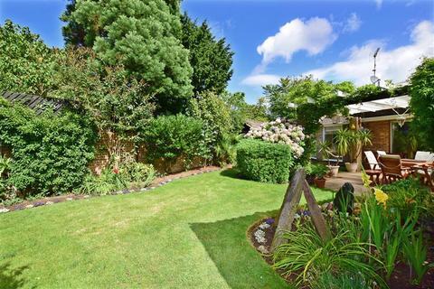 4 bedroom detached bungalow for sale - Callis Court Road, Broadstairs, Kent