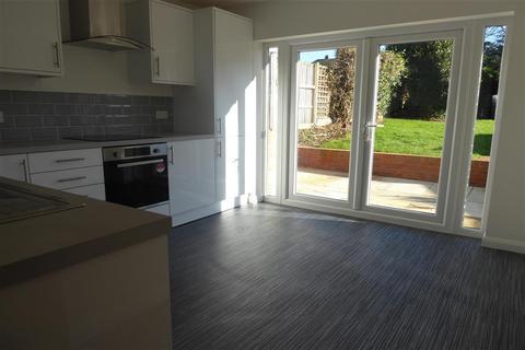 3 bedroom detached bungalow for sale - Selhurst Road, Woodingdean, East Sussex